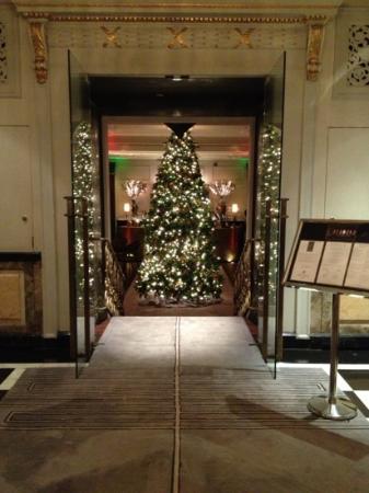 The Pierre, A Taj Hotel, New York: the lounge bar