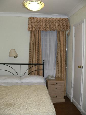 Central Hotel: chambre