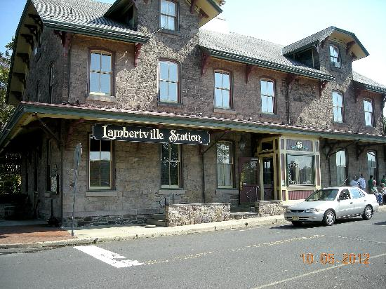 Lambertville Station Restaurant: The Lamberville Inn