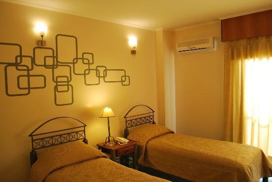 Hotel Bulevar: habitación twin