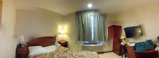 Kings Hotel: панорама номера