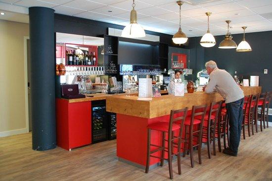 Best Western Zaan Inn: Bar