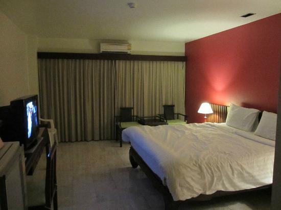 Sakorn Residence & Hotel: Room