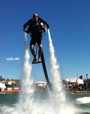 Jetpack Cayman: Pumping 1,000 gallons a minute