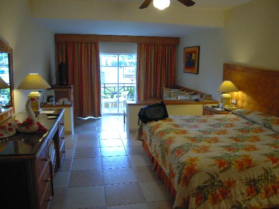Punta Cana Princess All Suites Resort & Spa: Our room