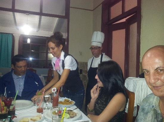 Restaurante Bar Parrillada San Jose : Entre amigos