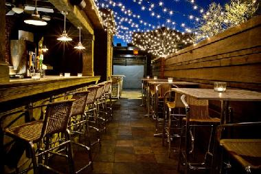 Mad River Bar & Grille, Charleston, SC - outdoor patio