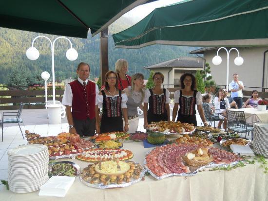 Pippo Hotel: Buffet di ferragosto 2012