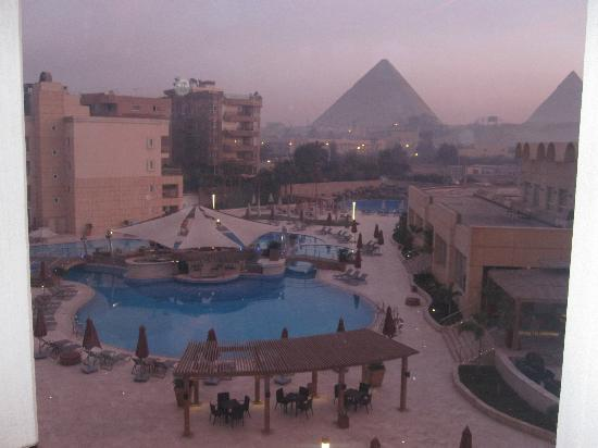 Le Meridien Pyramids Hotel & Spa: From my room 4
