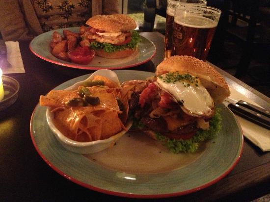 Halifax : Liverpool Hamburger!Must eat!