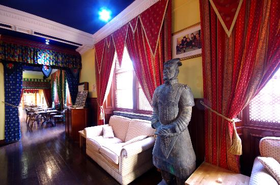Khublai Khans: Khublai Khan Edinburgh