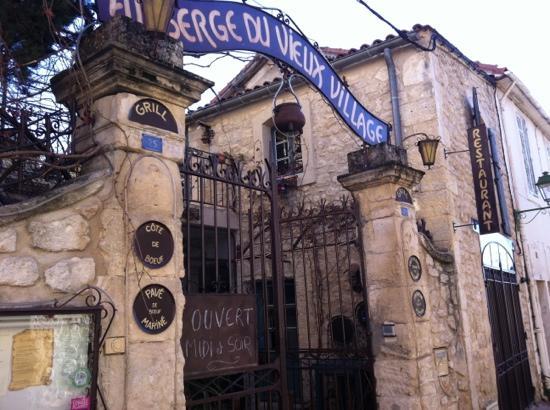 Mallemort, فرنسا: Auberge du vieux village 