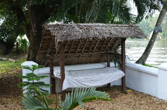 Thevercad Alleppey Homestay: Day bed