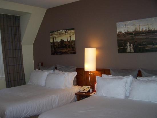 Crowne Plaza Brugge: Super-comfy beds