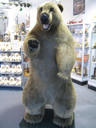 Chelsea Teddy Bear Factory and Toy Museum : This bear greets you at the door