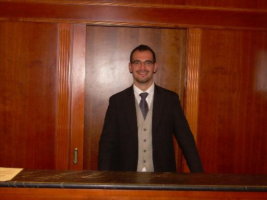 Barberini Hotel: Recepcion , Francesco