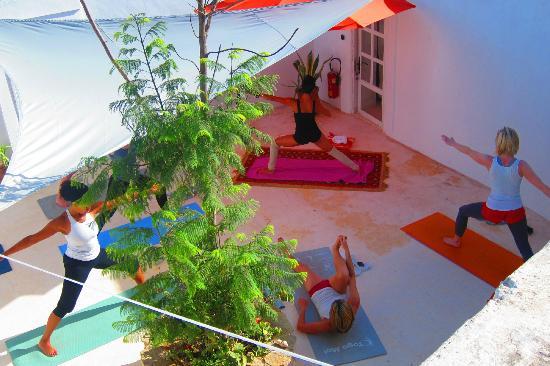 LilyPod Yoga: Morocco 2011
