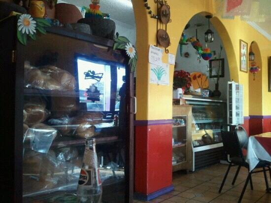 Restaurant Oaxaca: inside pic