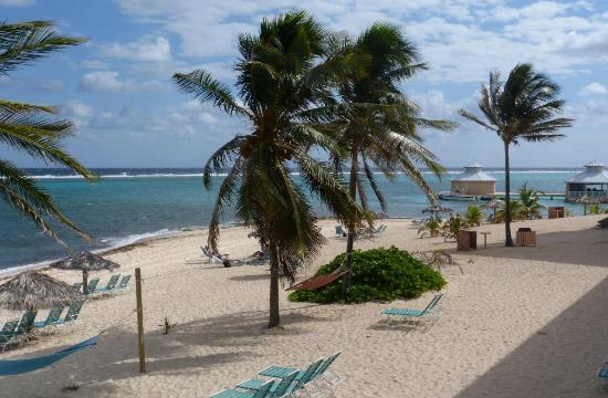 Morritts Tortuga Club and Resort: View of beach from our deck