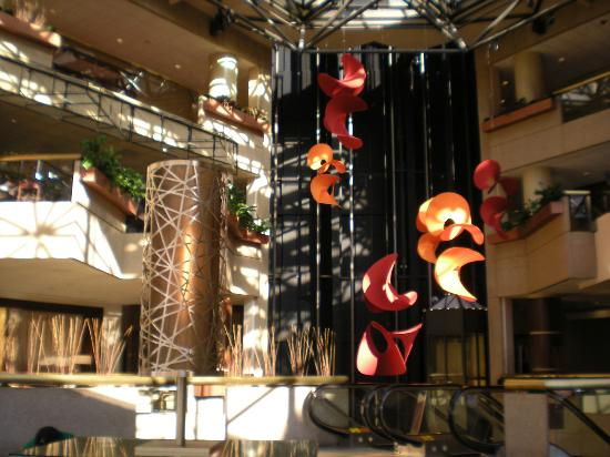 Hyatt Regency Crystal City at Reagan National Airport: lobby