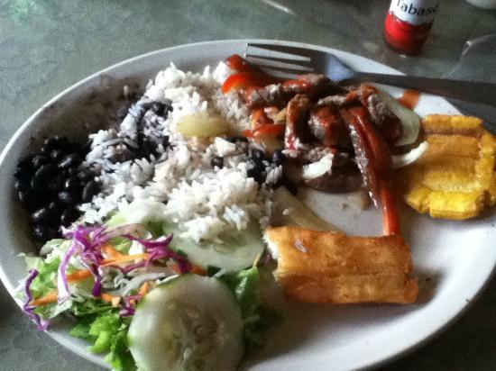 La Cubanita: Carne