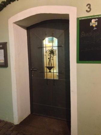 Caffe Sabine: porta del café sabine