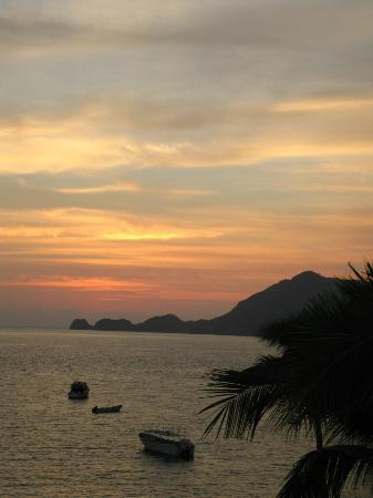 Tesoro Manzanillo: Gorgeous sunsets!