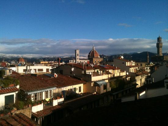 Florence Old Bridge B&B: Dalla terrazza dell'Hotel La Scaletta