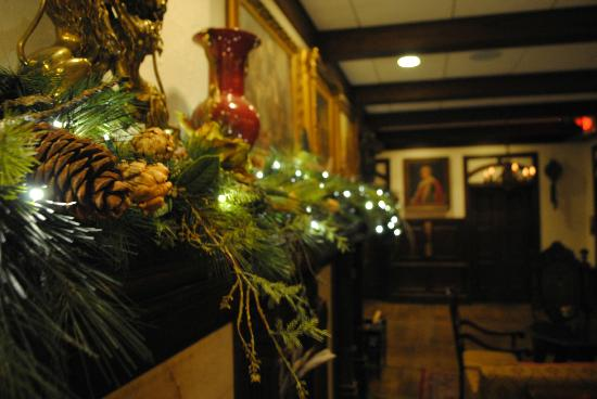 The Cheshire: Beautiful Christmas Decorations