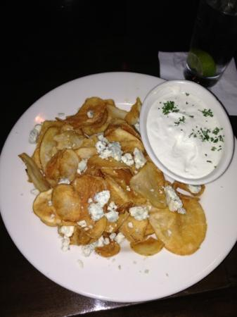 Main Street Tavern Broken Arrow: tavern chips with blue cheese crumbles