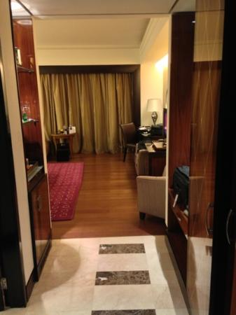 Heliopolis Towers Hotel: Tower room