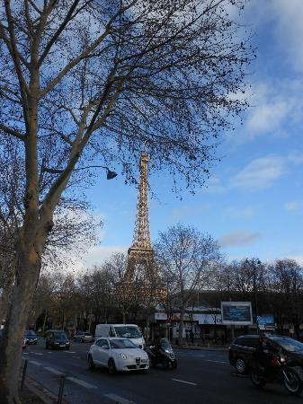 Hotel Eiffel Seine: The very first thing you see when exiting Champs de Mars Metro