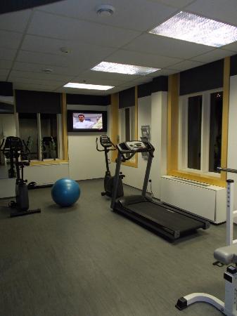 Hotel 71: Gym