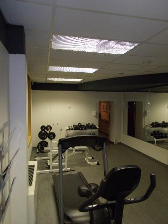 هوتل 71: Gym