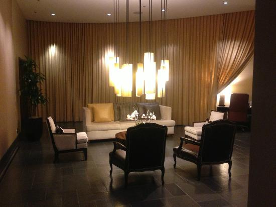 Viceroy Snowmass: Lounge next to the Spa/Gym