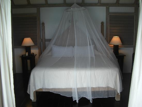Cocobay Resort: Room