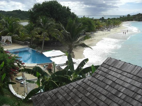 Cocobay Resort: View from dining area