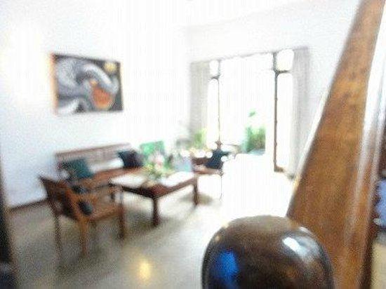 Thusare House & Spa: 待合室(?)の雰囲気 とってもLuxuryな感じで素敵な場所でした。