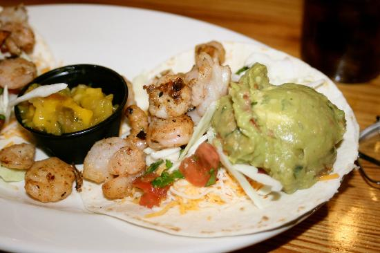Bob's Bitchin' BBQ: Grilled shrimp tacos