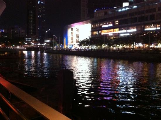 Blick vom Renn Thai Restaurant Singapur