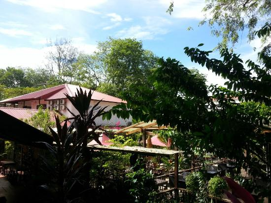 Basaga Holiday Residences: beer garden