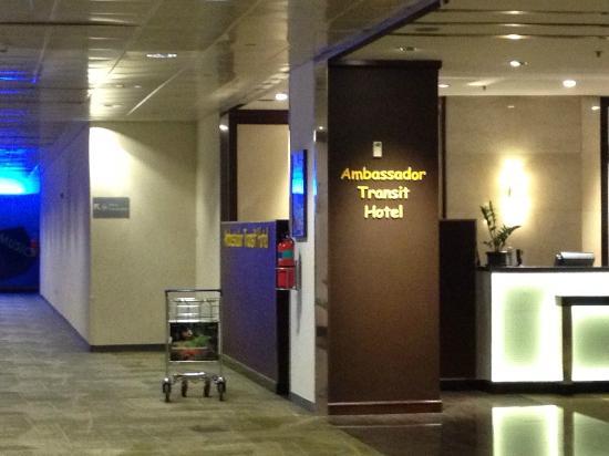 Ambassador Transit Hotel Terminal 2: T1