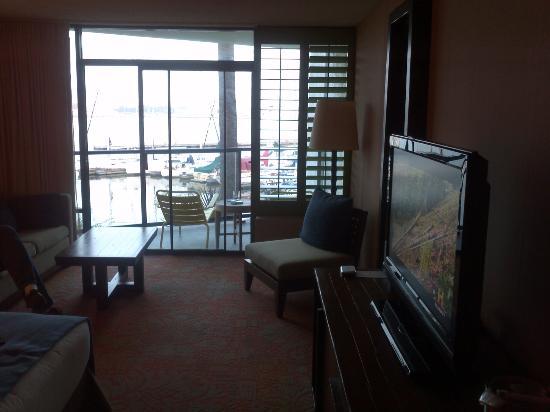 Hotel Maya - a DoubleTree by Hilton Hotel: Room