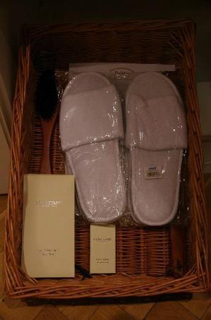 Smetana Hotel : Complimentary accessories
