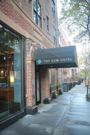 The GEM Hotel Chelsea: Entrance