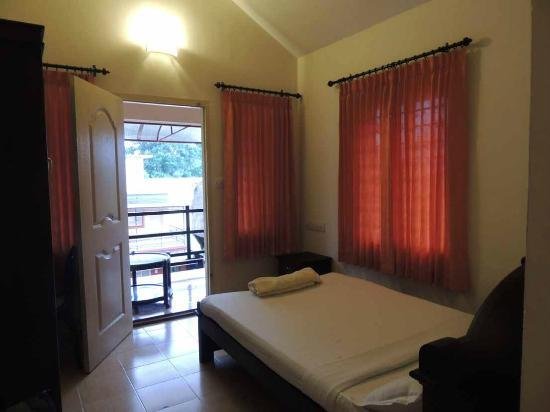 Vythiri Meadows: Childrens room in the Villa