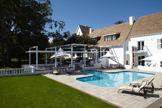 The Manor House at Fancourt: getlstd_property_photo