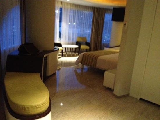 Sensa Hotel: room 702