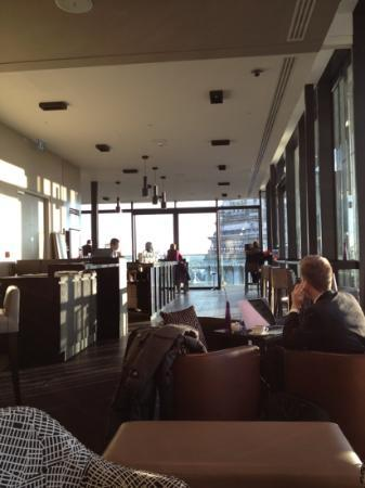 DoubleTree by Hilton Hotel London -Tower of London : the sky lounge