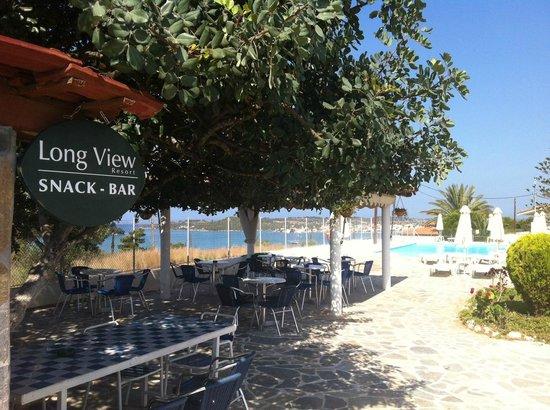Long View Resort & Spa: kioski in the pool